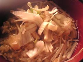 レンジ3分:塩鮭とえのきだけの雑炊