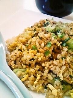 パラッパラ♪納豆玄米チャーハン