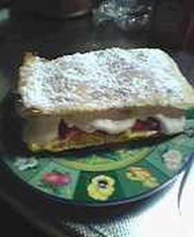 たーっぷり食べれるイチゴのミルフィーユ