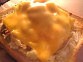 圧力鍋:鮭のアラの野菜チーズトースト