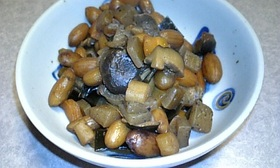 圧力鍋で簡単♪落花生の煮豆