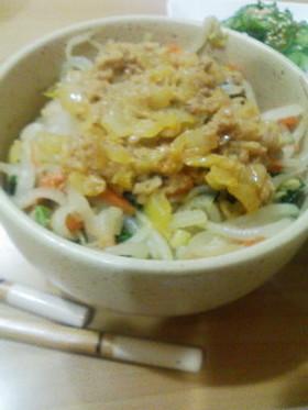 お野菜いっぱい、ビビンバ丼