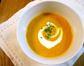 簡単でもリッチ☆かぼちゃとトマトのスープ
