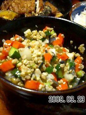 野菜のもろ味噌(金山寺味噌)漬け