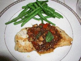 白身魚ときのことトマトのバルサミコソース