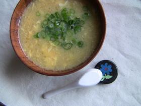 卵とコーンの中華風スープ