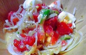 マスタードドレッシングのサラダ