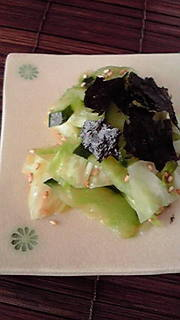 きゅうりと春キャベツの甘酢和えの写真