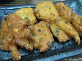 揚げたて最高!鮭と豆腐の天ぷら