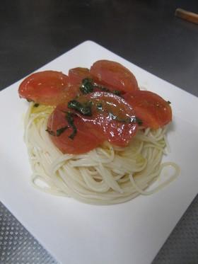 簡単本格/前菜にも◎トマトの冷製パスタ