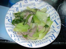 料理?チンゲン菜と豚肉の炒め物