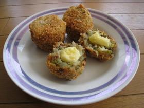 チーズとろ~り豚ひき肉と高菜の和コロッケ