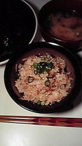 ツナ・ごぼう・なめ茸の簡単炊き込みご飯☆