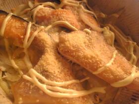 鮭とキャベツと玉葱のWチーズ焼き