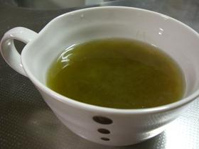 すぐできる簡単鍋いらず!とろろ昆布スープ