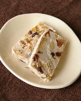 ラムレーズンのアイスケーキ