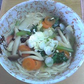 野菜たっぷり簡単おやつ麺