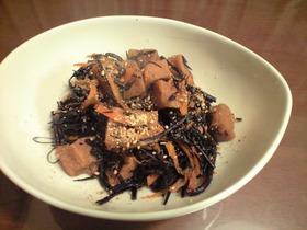 揚げ高野豆腐とひじきの煮物