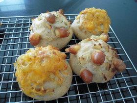 Bialy(ビアリー)オニオンチーズパン