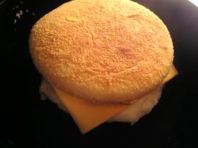チーズと卵とキャベツのマフィン