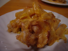 白菜と鶏手羽元のチーズトマト煮
