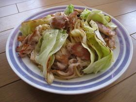 カリカリ豚肉と春キャベツの簡単和風パスタ