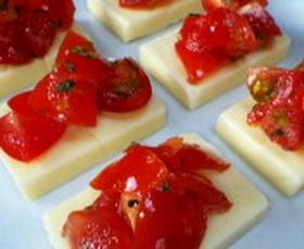 スマートチーズのフレッシュトマトのせ