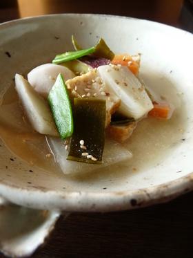 塩麹さんde根菜胡麻味噌スープ