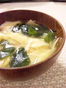 たけのこの姫皮で✿若竹味噌汁