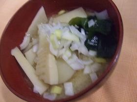 タケノコと具だくさんの味噌汁