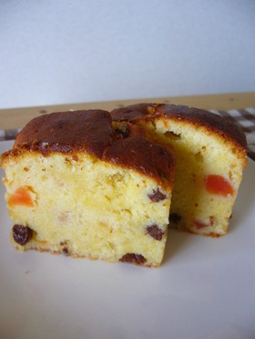 ラム酒漬けドライフルーツのパウンドケーキ