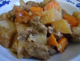 焼肉のたれで簡単豚肉と根野菜煮