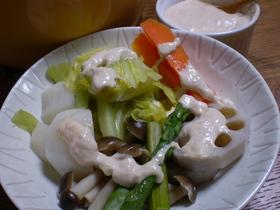 ツナソースで頂く、春野菜の蒸し鍋