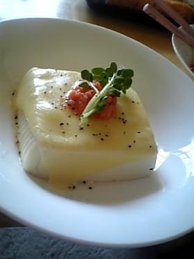 めんたいチーズのっけ豆腐