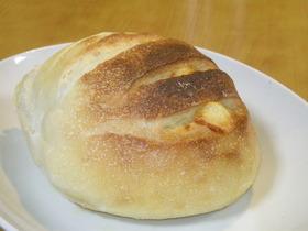 スマートチーズ入り自家製酵母パン