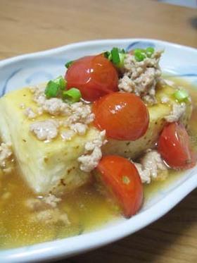 豆腐ステーキ☆トマト&そぼろあんかけ