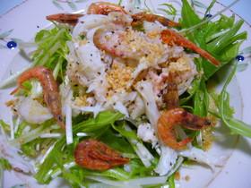 毛蟹でサラダ。