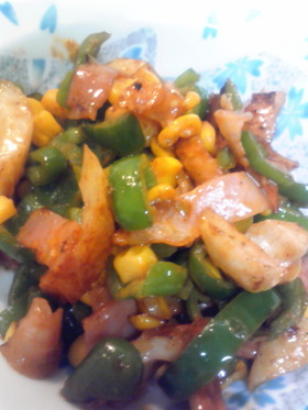 お弁当に♪彩り野菜のマヨケチャ炒め