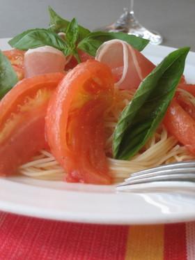 トマトとバジルの冷製カッペリーニ
