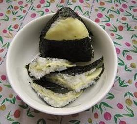 韓国のり&チーズのおにぎり(おむすび)