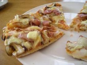 フライパンでパリパリクリスピーピザ