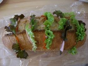 簡単なのに豪華!バゲットサンドイッチ