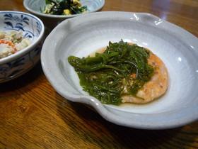 鮭と蓮根のシャキシャキ豆腐バーグ