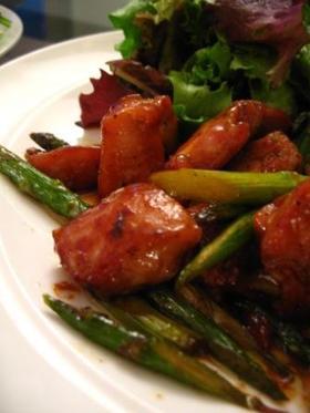 鶏肉とアスパラガスの甘辛炒め