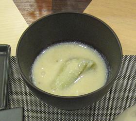★豆乳のお吸い物・ナス入り★