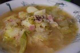 新玉ねぎと春キャベツのスープ
