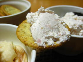 クリームチーズとハムの簡単スプレッド
