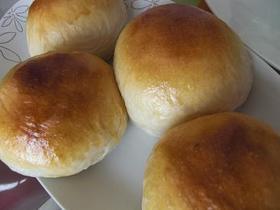 ふわっふわのパン生地。