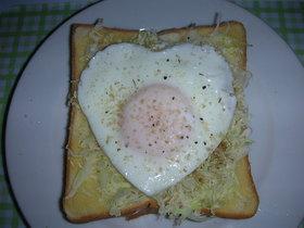 卵とキャベツのトースト