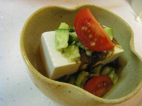 簡単!豆腐ともずくの酢の物